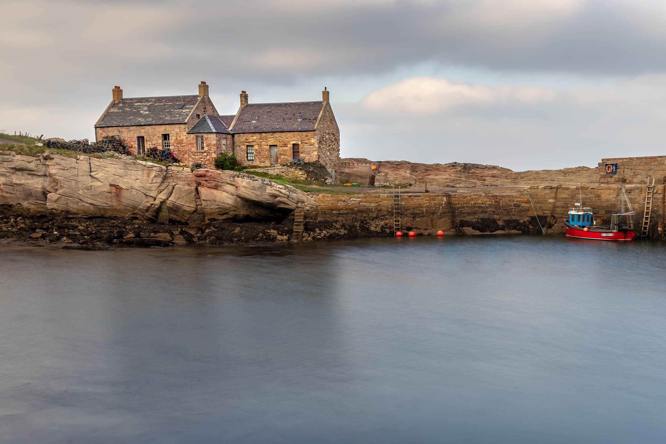 Cove Harbour houses | f/8 10sec ISO-100 31mm  | ILCE-7M2