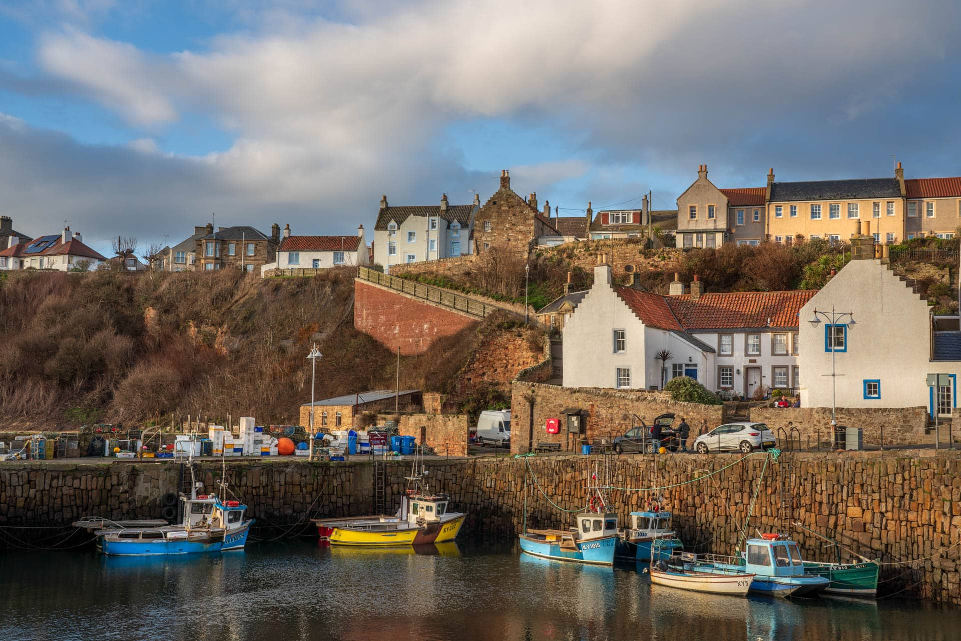 Crail harbour | f/11 1/100sec ISO-100 44mm
