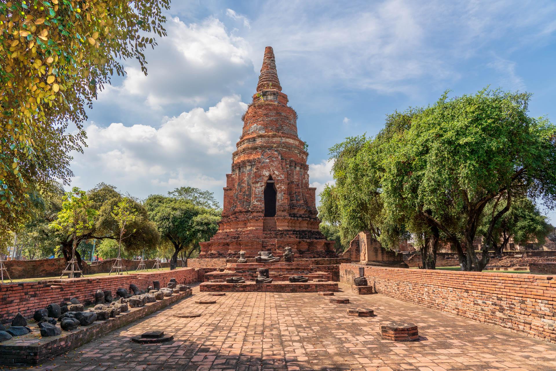 Wat Phra Si Sanphet | f/8 1/200sec ISO-100 24mm