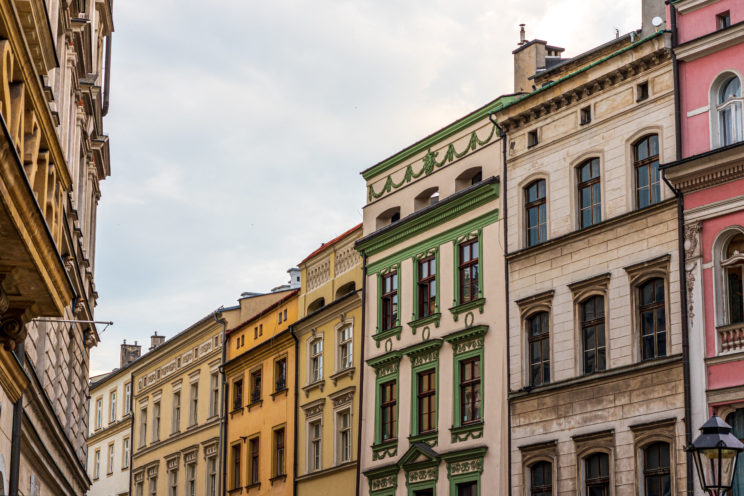 Buildings in Krakow | f/8 1/100sec ISO-160 55mm  | ILCE-7RM3 | 2019-06-21 17:11:34
